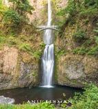 Multnomah, ponte e cachoeira, Portland, Oregon, OU, EUA, curso, turismo, costa oeste fotografia de stock royalty free