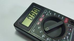 Multymeetapparaat, elektronisch technicusmateriaal om schade te weten te komen stock afbeelding