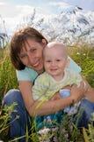 Mum en zoon stock afbeelding
