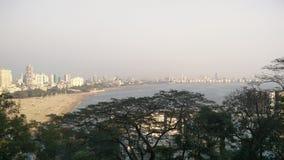 Mumbai-Grün-Skyline Stockfoto