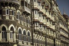 MUMBAI INDIA, LUTY, - 25: Taj Mahal pałac hotel jest pięć gwiazdowym luksusowym hotelem lokalizować blisko bramy India obraz royalty free