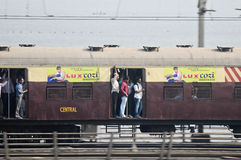 Mumbai Miejscowego pociąg Zdjęcia Royalty Free