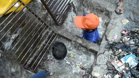 Mumbai rain - drainage cleaning