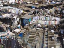 mumbai s колонии washermen стоковое изображение rf