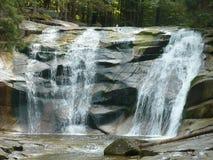 Mumlava瀑布克尔科诺谢山 库存照片