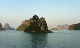 mummel för panorama för havet för den Vietnam loppstranden skäller länge Arkivbild