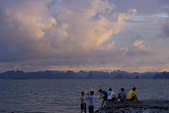 MummelLong Beach solnedgång Royaltyfri Bild