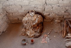 A mummy in Chauchilla Cemetery Stock Photography