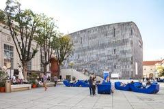 Mumok museum moderna Kunst - museum av modern konst i Wien, Österrike. Arkivfoto