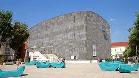 Mumok (Museum Moderner Kunst) oder Museum für Moderne Kunst stock video