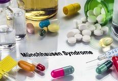 Munchausen-Syndrom, Medizin als Konzept der gewöhnlichen Behandlung lizenzfreies stockbild