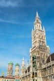 Munchen Nowy urząd miasta Marienplatz Zdjęcie Royalty Free