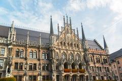 Munchen nytt stadshus Marienplatz Royaltyfri Foto