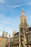 Munchen nytt stadshus Marienplatz Royaltyfria Foton