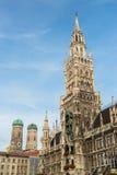 Munchen nytt stadshus Marienplatz Fotografering för Bildbyråer