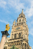 Munchen nytt stadshus Marienplatz Royaltyfri Bild