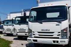 Muncie - около апрель 2018: Isuzu едет на автомобиле дилерские полномочия тележки Isuzu японский изготовитель автомобиля неиндиви Стоковые Изображения