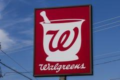 Muncie, IN- circa im August 2016: Walgreens-Einzelhandels-Standort Walgreens kündigte seine Pläne an, um Ritus-Hilfe zu erwerben  Lizenzfreie Stockbilder