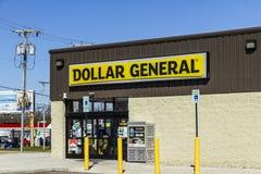 Muncie - Circa mars 2017: Allmänt återförsäljnings- läge för dollar Dollargeneralen är enask rabattåterförsäljare VII Royaltyfri Bild