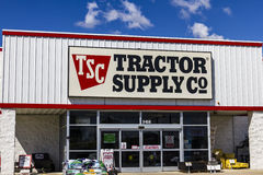 Muncie - Circa September 2016: Tractor Supply Company Retail Location. Tractor Supply is Listed on the NASDAQ under TSCO I Stock Image