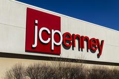 Muncie - Około Marzec 2017: JC Penney handlu detalicznego centrum handlowego lokacja JCP jest odzieży i Domowego meblowania detal Fotografia Stock
