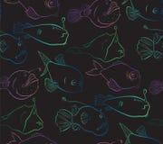 Mundo brilhante e misterioso de peixes das águas profundas Fundo sem emenda do teste padrão no preto Imagem de Stock