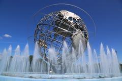 Mundo 1964 de Nueva York s Unisphere justo en el parque de Flushing Meadows imágenes de archivo libres de regalías