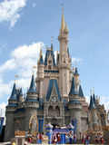 Mundo de Walt Disney del castillo de Cinderella Fotos de archivo libres de regalías