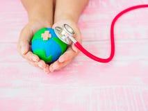 Mundo Dia da Terra dia de saúde do 22 de abril e de mundo, o 7 de abril conceito Fotografia de Stock
