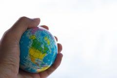 Mundo a disposición Imágenes de archivo libres de regalías