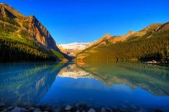 Mundo Lake Louise famoso Imagen de archivo