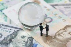 Mundo o charla financiera global de la negociación de la guerra comercial de la tarifa, cuesta fotos de archivo