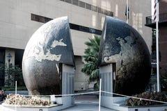 Mundo partido del monumento de la guerra mundial 2 Foto de archivo libre de regalías