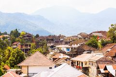 Munduk bysikt från taköverkanten, Bali royaltyfria bilder