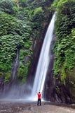 Munduk vattenfall, Bali arkivfoto