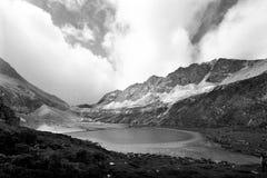 Munga il lago sulla montagna della neve di buddismo di Shangrila Fotografia Stock Libera da Diritti