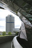 MUNICH, ALLEMAGNE - 1ER JUIN 2012 : Musée moderne BMW de voiture à Munich, Allemagne Photos stock