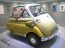 MUNICH, ALLEMAGNE - 1ER JUIN 2012 : voiture de vintage de collection à l'exposition du musée de BMW Images stock
