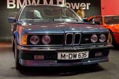Munich, Allemagne - 10 mars 2016 : collection de voitures classiques sur l'affichage dans le musée de BMW Photographie stock libre de droits