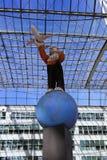 MUNICH, BAVIERA, ALEMANHA - 13 DE MARÇO DE 2019: Exposição de arte no aeroporto de Munich foto de stock royalty free