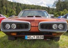 Munich Tyskland, 18 Juni 2016: Amerikansk tappningbil, främre sikt Arkivfoton