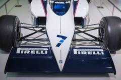 MUNICH - TYSKLAND, JUNI 17: BMW F1 sportbil på skärm i BMW Mus Arkivbilder