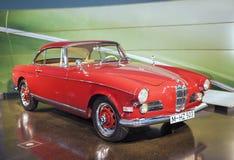 Munich Tyskland juni 17, 2012: BMW roadster för 503 serie på ställning Arkivbilder