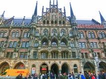 Munich Tyskland - Maj 02, 2017: Det berömda gamla stadshuset på Munich på Tyskland Fotografering för Bildbyråer