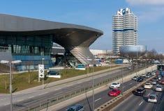 Munich Tyskland - mars 10, 2016: BMW högkvarter i Munich Royaltyfri Fotografi