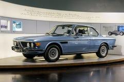Munich Tyskland - mars 10, 2016: BMW museum Arkivfoto