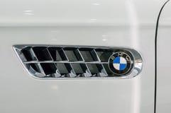 Munich Tyskland - mars 10, 2016: Den BMW Z8 bilen i BMW museet Royaltyfri Foto