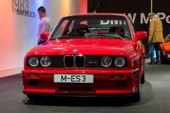 Munich Tyskland - mars 10, 2016: samling av klassiska bilar på skärm i BMW museet Royaltyfri Bild