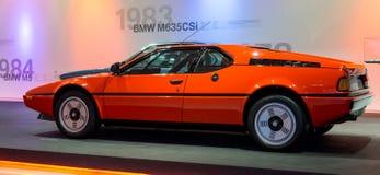Munich Tyskland - mars 10, 2016: samling av klassiska bilar på skärm i BMW museet Fotografering för Bildbyråer