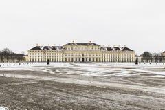 MUNICH TYSKLAND - November 18, 2017: Schleissheim slott i Muni Arkivbild